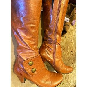 """Diba brown/rust colored leather boots 2"""" heel"""